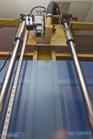 MPD Acrylics - panel saw for cutting raw acrylic material for displays